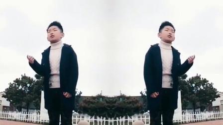 最近被12岁男孩翻唱的《人在江湖》刷屏了!网友:这声音有故事
