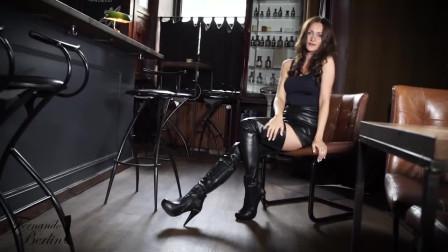 黑色高跟长靴分享,小姐姐的搭配很好看,很显气质