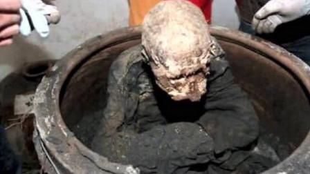 """河南一寺庙挖出2000年的""""肉身佛像"""",日本人赶来祭拜,原因为何?"""