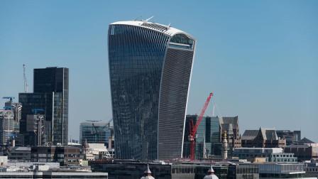 耗费17亿建造的豪华大楼,却被评选为最差建筑,它还能把汽车烤化?