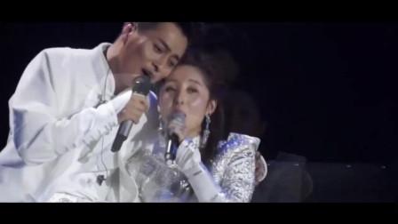 云飞与妻子郭津彤对唱《吻你》甜炸了,真不愧是星光大道第一美人