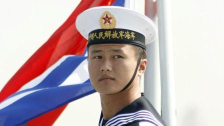 迎接海军70周年!水兵拉大提琴跳踢踏舞 网友:感觉到生日氛围了