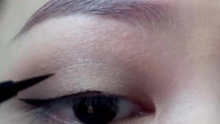小姐姐手把手教你化气质眼妆,清新脱俗,真的很美,你学会了吗?