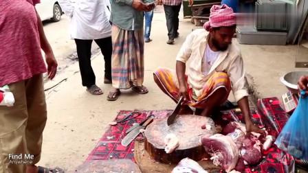 看看孟加拉人怎么卖肉?刀工不错,肉切得很好,就是环境太脏了
