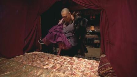 新水浒传:潘巧云与裴如海深夜私会,没想到被叔叔石秀逮个正着