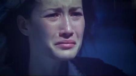 姐妹被捆绑,美女特工泪奔,太残忍了
