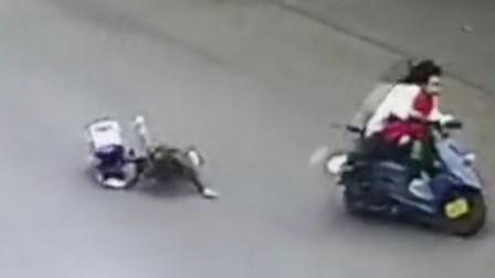 【重庆】男子撞倒老人后骑摩托逃逸 民警抄近道将其抓获