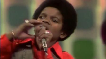 迈克尔杰克逊12岁就已经很牛了,所到之处都是掌声!