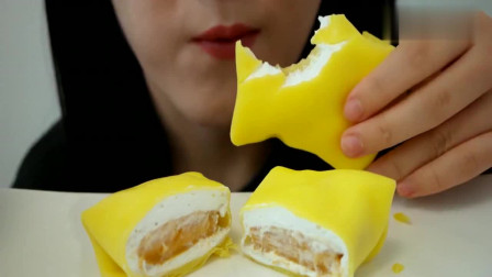 声控吃播:美女大口啃咬芒果蛋糕,吞咽声很悦耳