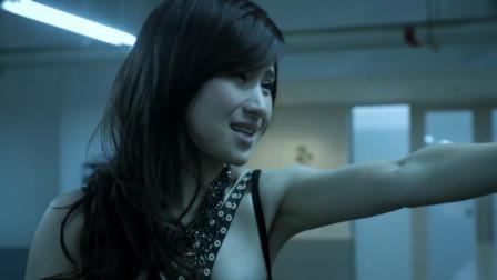 看了刘强东的视频,联想到吃瓜电影《全民目击》细节,有钱真好!