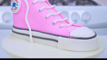 适合送女孩的漂亮鞋子,原来是牛人用翻糖蛋糕做的!好逼真