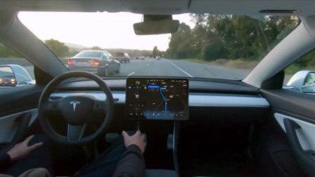 特斯拉展示全自动驾驶技术:全程解放双手不用碰方向盘