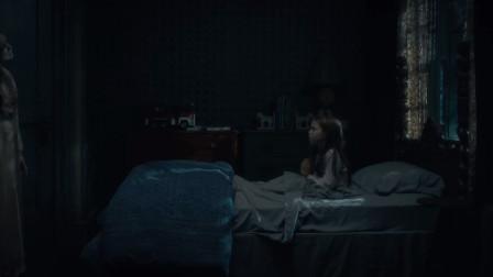 鬼入侵第五集:女孩被歪脖子女人纠缠,临死前发现那个怪物是自己
