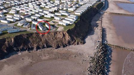 价值百万英镑的悬崖海景房,如今面临随时坠入大海的危险!