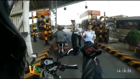 摩托车正规军上高速系列:路政人员看了都放心