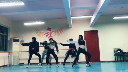 《看我72变》第一节课美斯编舞, 济南大学西校区课程