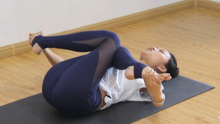 仰卧牛面式瑜伽体式教学!促进腿部血液循环,改善静脉曲张