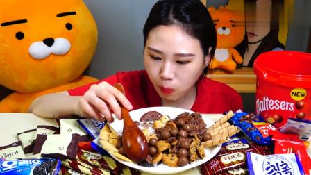 韩国大胃王卡妹吃牛奶泡巧克力,用勺子舀着大口吃,看着真过瘾!
