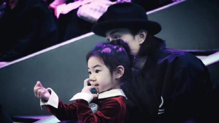 李承铉带女儿Lucky探班最强大脑,戚薇和女儿比心,堪称神仙母女