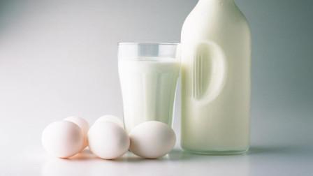 纯牛奶和酸奶到底哪个有营养?什么时候喝最佳,看完秒懂!