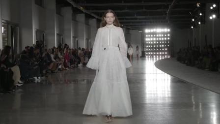 2019世界春夏时装周秀场上20款让人心醉的白色礼服