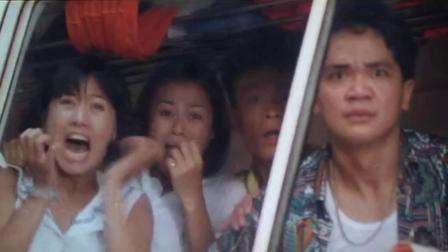 菲律宾土匪太狠了,警察刚举白手帕投降,下秒直接被爆头