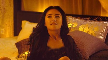 美人鱼-3张雨绮躺床性感撩人