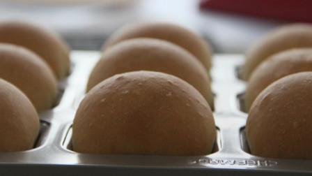 「烘焙教程」奶油乳酪小方包,最经典的面包做法