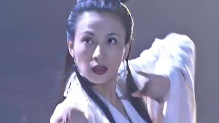 杨戬因为妲己的元神和师父反目成仇,女娲娘娘看清了一切