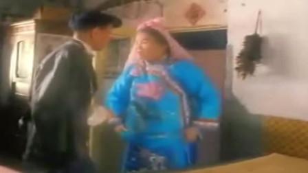 陈佩斯经典喜剧,赵丽蓉:这身衣服是阴曹地府最流行的的款式