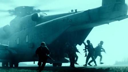根据汤姆克兰西名著改编的超级现代战争片,不愧为军事题材大师