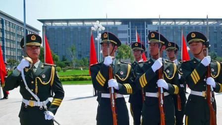 中国三军仪仗队的指挥刀,为何使用的西洋剑,而不用中国宝剑?