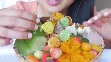 韩国美女吃货,吃一些精致的甜点,你有吃过几种?