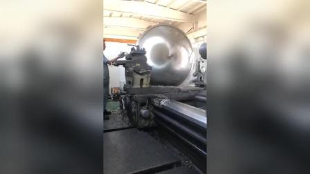 老板花70万买的机械,让我们今天拼装完,谁知道这是什么上的配件?