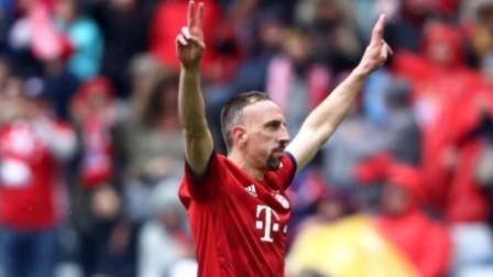 德甲-莱万破门里贝里替补建功 拜仁慕尼黑3-1汉诺威96