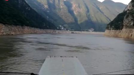 只用2分23秒,带您游遍长江三峡,快跟我上船!(1)