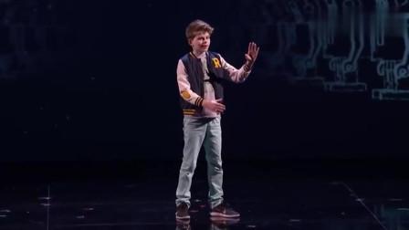 """11岁小孩达人秀表演空中机械舞, 竟引得""""真""""机器人出场!"""