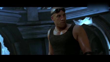 星际传奇:未来科技敌不过人类?反面对手给小伙洗脑,反遭强行拆机