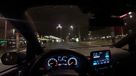 试驾 2019款 福特嘉年华ST 200匹「夜间驾驶」