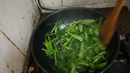 空心菜的做法视频 素炒空心菜怎么做好吃 美食菜谱