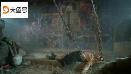 方世玉与洪熙官联手大战红莲寺神公一场恶战后两人艰难取胜