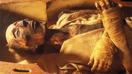 千年古墓之谜!世人眼前的中国第一木乃伊