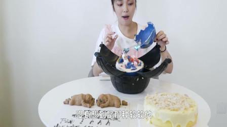最近吃播小姐姐火了,吃炸弹蛋糕+网红狗蛋糕,吃这么多不甜死!