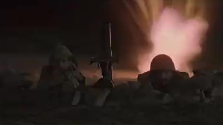 这是一部经典的坦克大战电影,场面宏伟开阔,气势波澜磅礴!