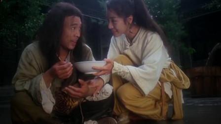 李连杰确有大师风范 看着他饰演的张三丰打戏真是好精彩 大家说有没有呢!