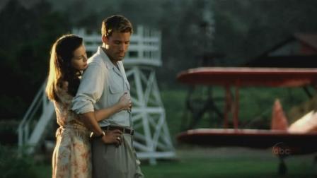 如果你不在相信友情, 爱情, 不妨重温一下这部经典电影《珍珠港》