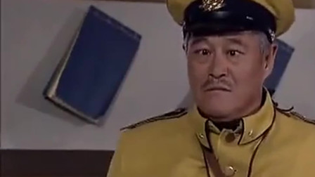 """关东大先生:""""斗鸡眼""""赵本山新官上任,出口成诗,说话一套一套"""