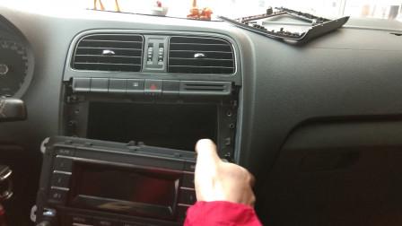 刚买的大众POLO,车没开回家直接找师傅安装10.2寸大屏幕,太值了