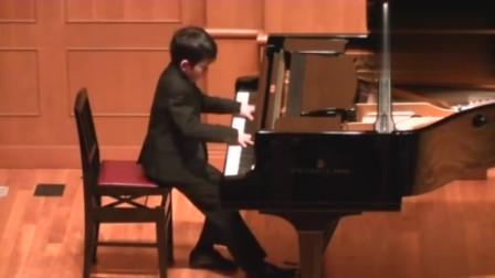 日本10岁小孩的钢琴独奏,不多说了,你们自己感受下!