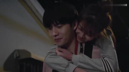 最亲爱的你:张赫琳和韩依彤的心动时刻:我们不亲,来咬一口!